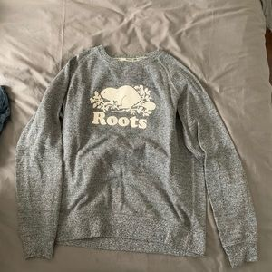 Roots Canadian heritage sweater size small petite